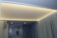 svjetleći strop s LED rasvjetom