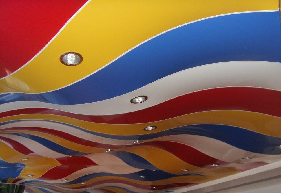 Spušteni stretch stropovi boje i fakture